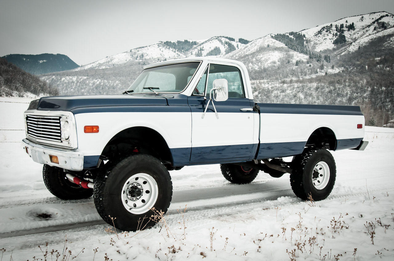 1972 Chevy Stepside together with 1986 Chevrolet K30 Crew Cab 4x4 Silverado additionally 221627 Ls1 Corvette Powered 1972 Chevrolet C10 Fleetside Shortbed 4x4 Truck further Index php besides 1107dp End Of An Era 1994 Chevy Suburban. on 1972 chevy c10 4x4