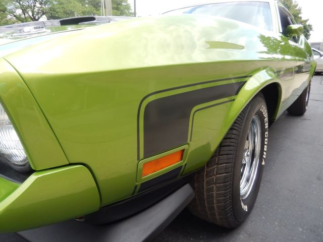 1972 ford mustang mach 1 lime green match s 351 with factory a c. Black Bedroom Furniture Sets. Home Design Ideas