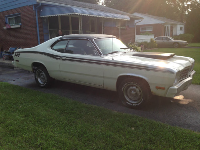 1974 74 Plymouth Duster V 8 Automatic 4 Bbl Mopar A Body