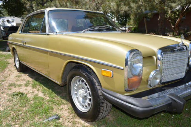 1974 mercedes 280 rare gold w114 no reserve excellent for Gold mercedes benz price