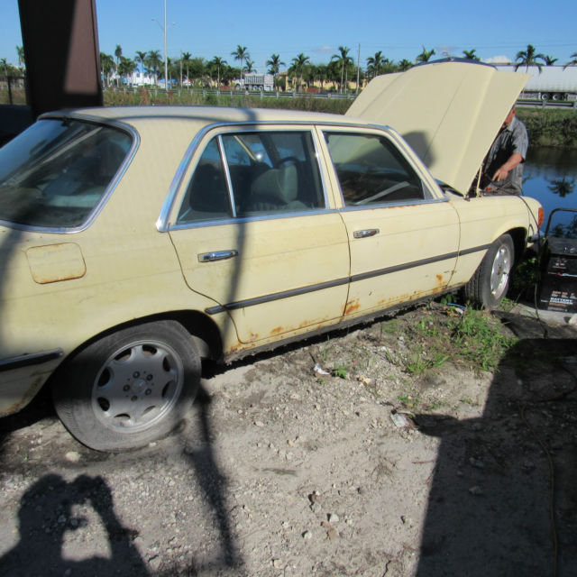 1974 Mercedes Benz 450SE   Clean Title   PARTS CAR For Sale In Miami,  Florida, United States