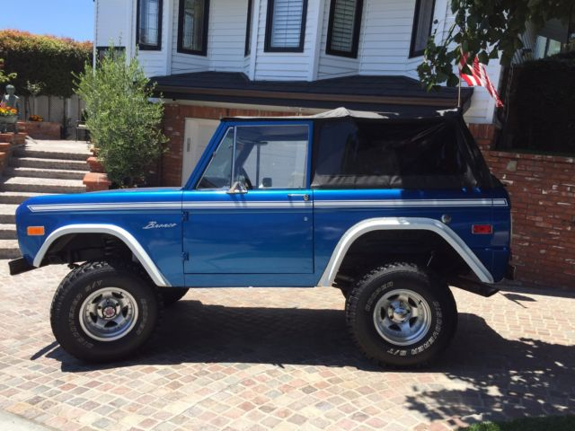 1976 bronco in excellent shape with new tires and soft top