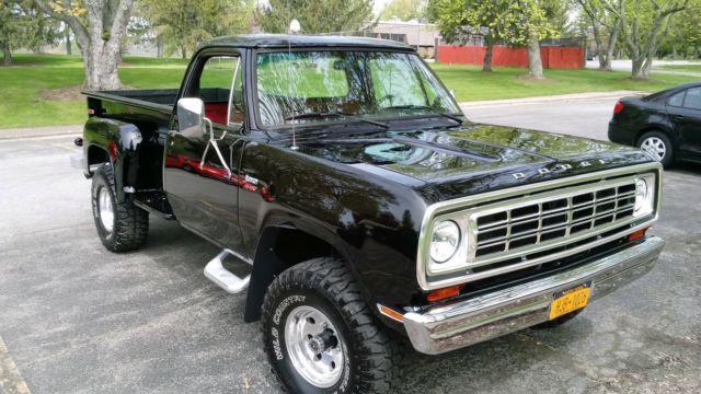 1976 Dodge D100 Power wagon 440 engine 4x4 for sale ...