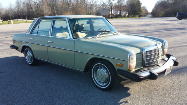 1976 mercedes benz 240d diesel w115 click for video for for Mercedes benz w115 for sale