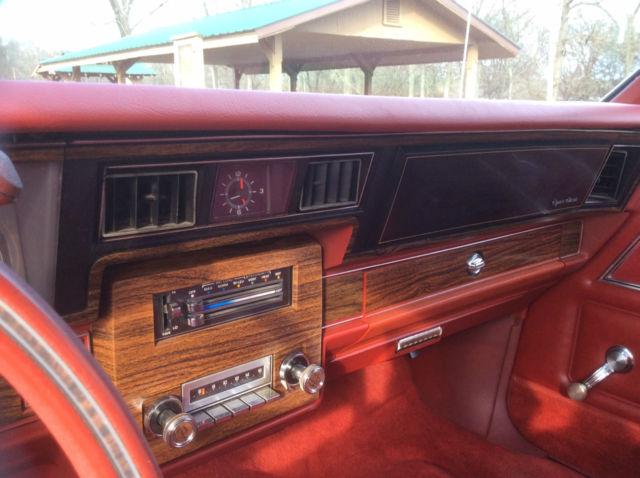 1977 Chevrolet Caprice Classic Coupe 2-Door 5.0L for sale ...