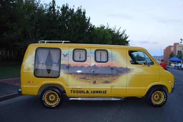 1977 Dodge Sportsman B200 Custom Show Van*** 1 OF A KIND