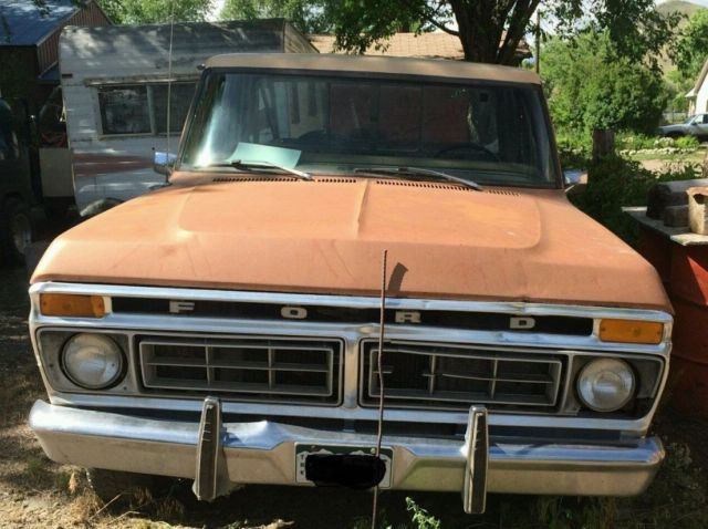 1977 ford custom 150 with a 300 inline 6 cylinder 2 wheel drive. Black Bedroom Furniture Sets. Home Design Ideas