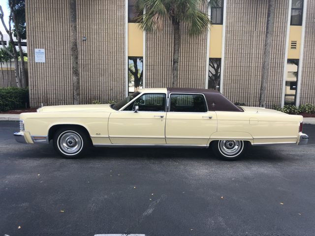 1977 Lincoln Continental Town Car 29k Miles Mint