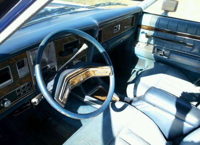 1977 lincoln versailles 77 4 door sedan clean original running 302 v8 8 nr for sale in fremont. Black Bedroom Furniture Sets. Home Design Ideas