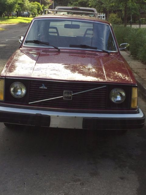 1977 Volvo 245 DL Lambda Sond Automatic AC dark red & only 060,400 actual miles