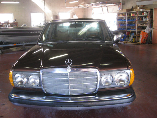 1978 300d metallic brown for sale in winterville north for Brown mercedes benz