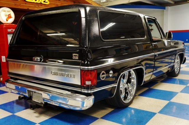 Chevrolet Blazer on Carbon Fiber Valve Covers Chevy