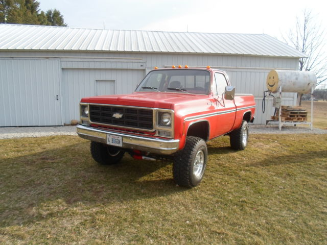 1979 Chevy Scottsdale Truck Red 4x4 Regular Cab Short Bed ...