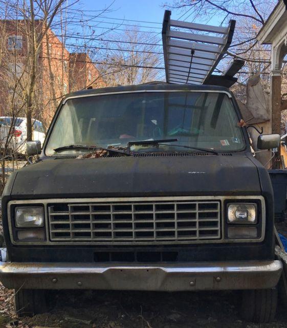2000 Ford Econoline E150 Cargo Interior: 1979 Ford Econoline E350 Van