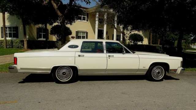 1979 Lincoln Continental Town Car Edition In Fabulous Condition
