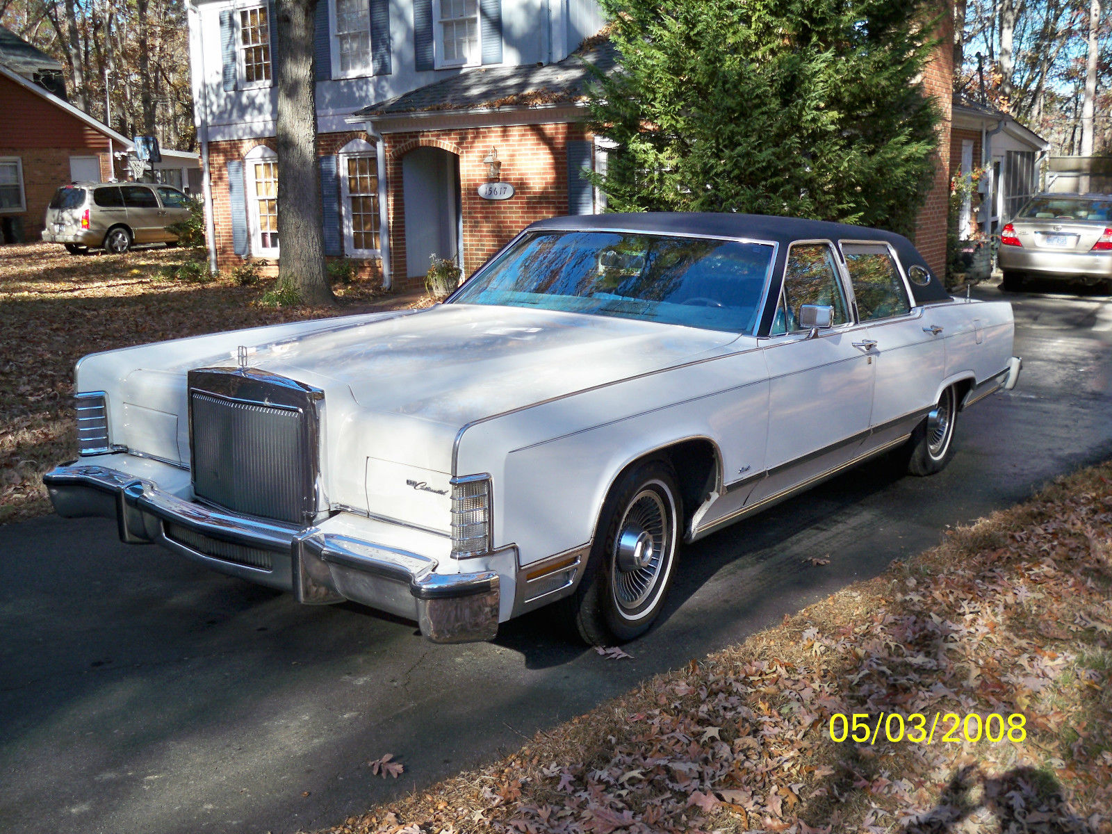 1979 lincoln town car 4 door for sale in matthews north carolina united states. Black Bedroom Furniture Sets. Home Design Ideas