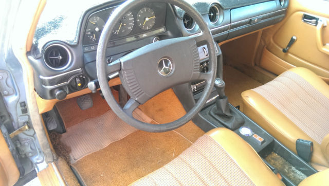 1979 mercedes benz 300td manual transmission for sale in for Mercedes benz manual transmission for sale