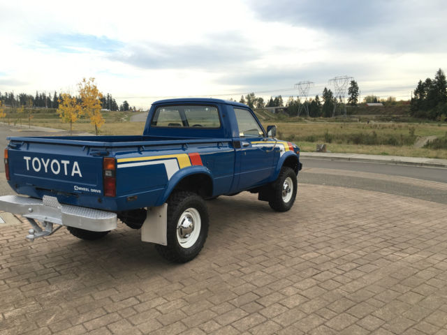 1979 Toyota 4x4 20R PICKUP(solid) front axle SR5 SHORT BED LOW MILES