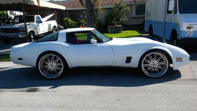 1980 Chevy Corvette Kept In Garage Runs Great Custom
