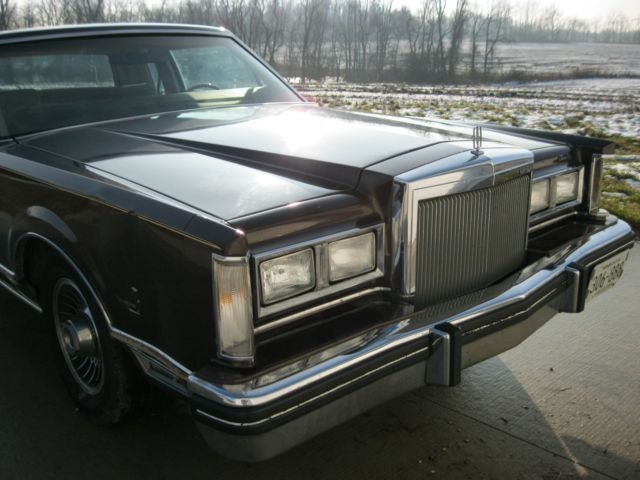 1980 Lincoln Continental Town Coupe