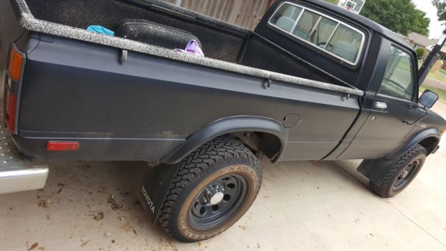 Toyota Tech Info Site: 1981 Toyota Pickup For Sale: Photos, Technical