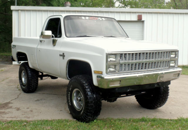 "Chevrolet Jackson Ms >> 1982 CHEVY 4X4 TRUCK FRAME OFF 454 BIG BLOCK 35'S 6"" LIFT NEW TIRES INTERIOR ETC"