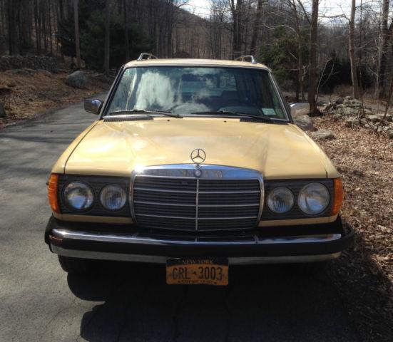1983 Mercedes Benz 300TD Station Wagon For Sale In Putnam