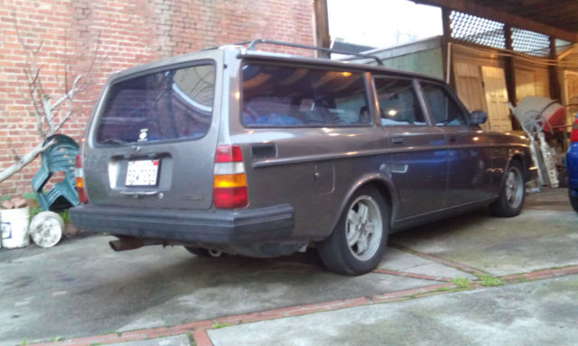 1983 volvo 240 glt turbo wagon manual 4 speed with overdrive sleeper hot rod. Black Bedroom Furniture Sets. Home Design Ideas