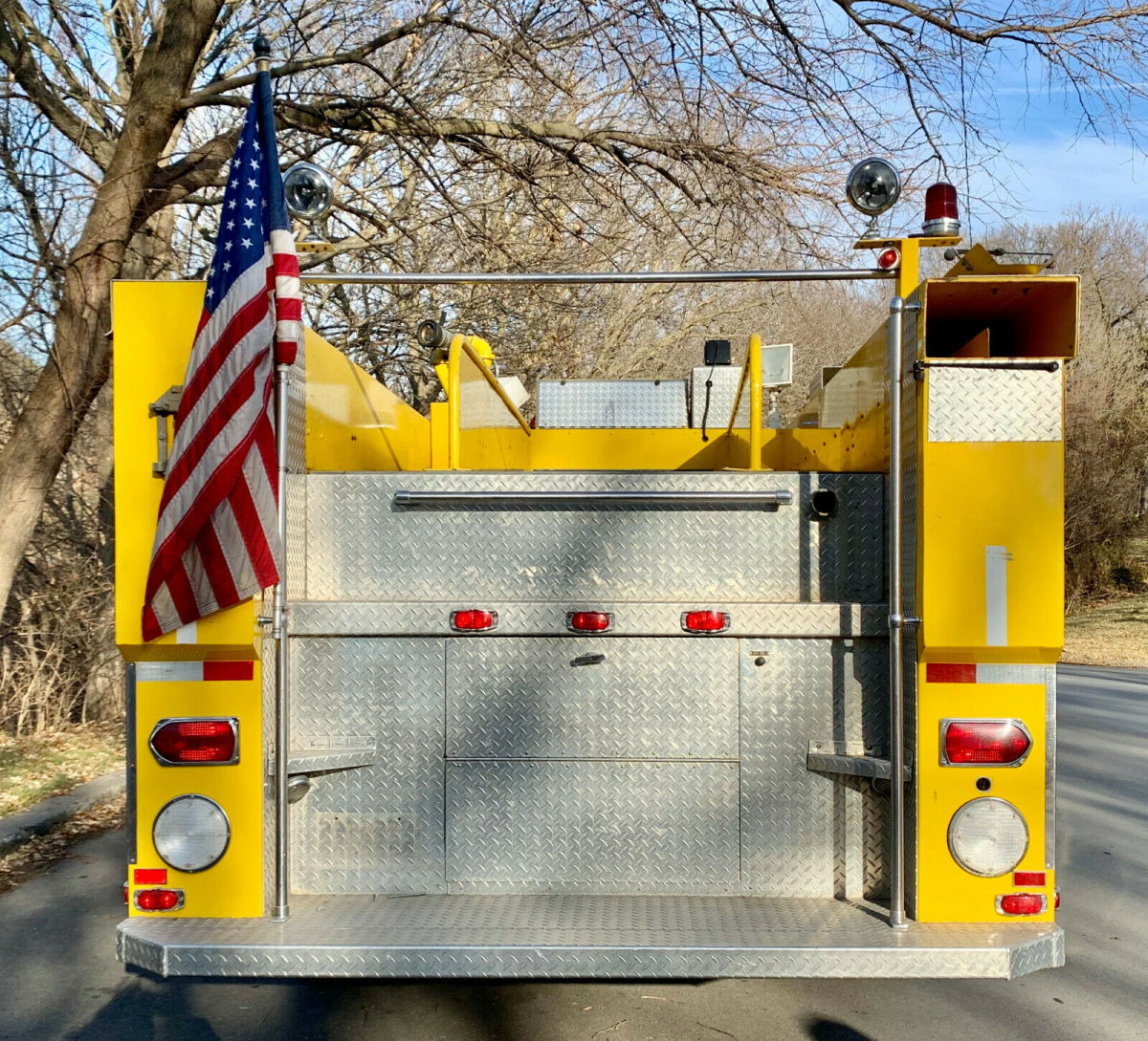 1984 Ford C8000 Fire-Truck For Sale: Photos, Technical