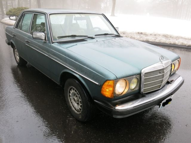 1984 mercedes 300d diesel exceptionally well maintained for Private sale mercedes benz