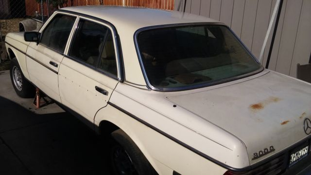 1984 mercedes benz 300 diesel for sale for parts for Mercedes benz diesel engines for sale