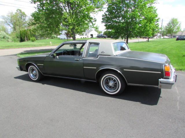 1984 Oldsmobile Delta 88 Royale 2 Door Coupe V 6