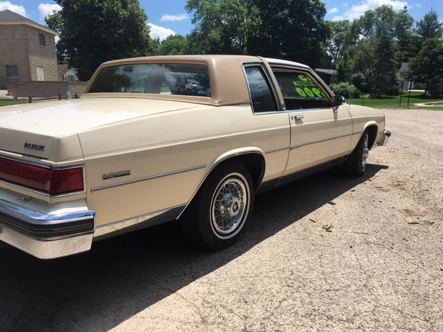 Buick Lesabre Limited Dr Coupe Automatic Speed Fwd V L Gasoline on 1985 Buick Lesabre Mpg