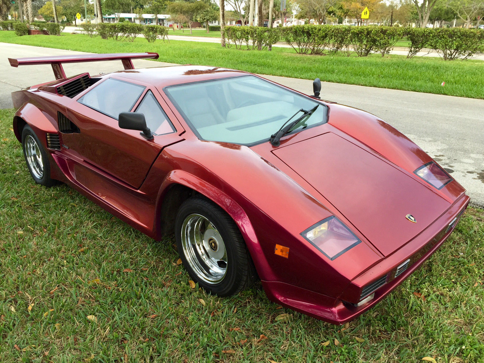 1985 lamborghini countach 5000 replica for sale in fort. Black Bedroom Furniture Sets. Home Design Ideas