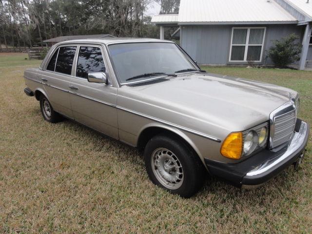 1985 mercedes 300d w123 turbo diesel 4dr sedan fl car for Mercedes benz diesel for sale in florida