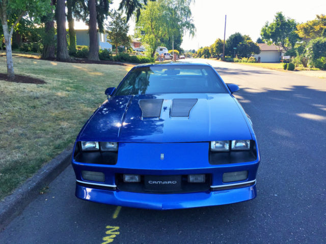 Chevrolet Camaro Iroc Z on 1991 Camaro Color