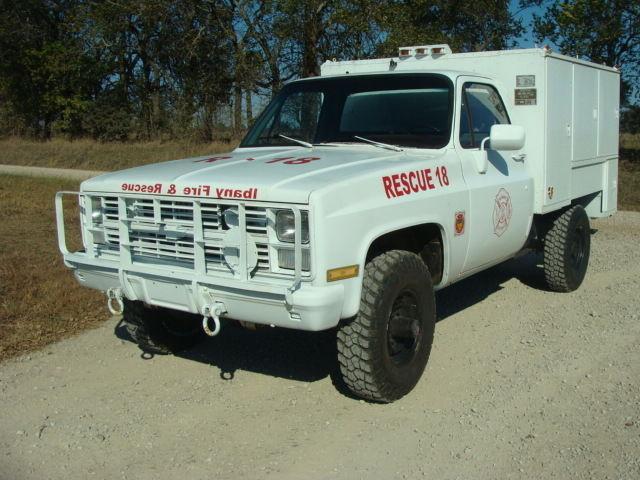 1986 chevrolet d30 4x4 pickup