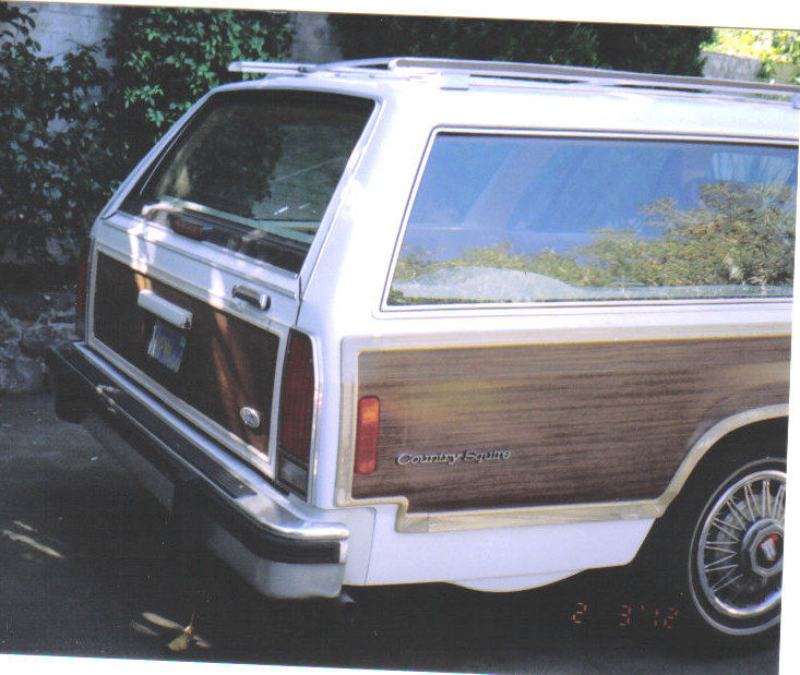 1986 Ford Crown Victoria Country Squire Woody 8 Passenger