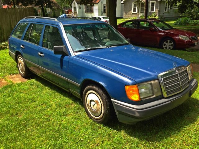 1986 mercedes benz 200td diesel wagon for sale in kalamazoo michigan united states. Black Bedroom Furniture Sets. Home Design Ideas