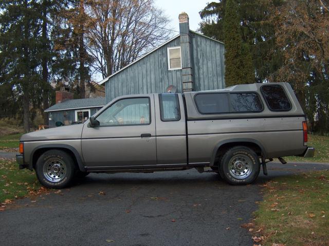 Nissan D Hardbody Pickup Fully Loaded Extended King Cab Se V W Cap