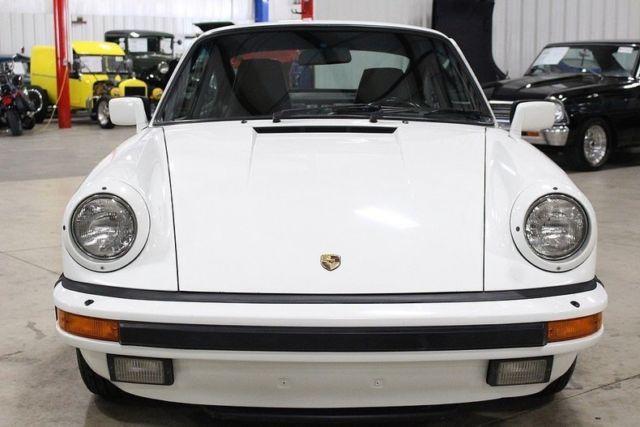 1986 porsche 911 carrera 74678 miles grand prix white coupe 3 2l 6cyl 5 speed ma. Black Bedroom Furniture Sets. Home Design Ideas