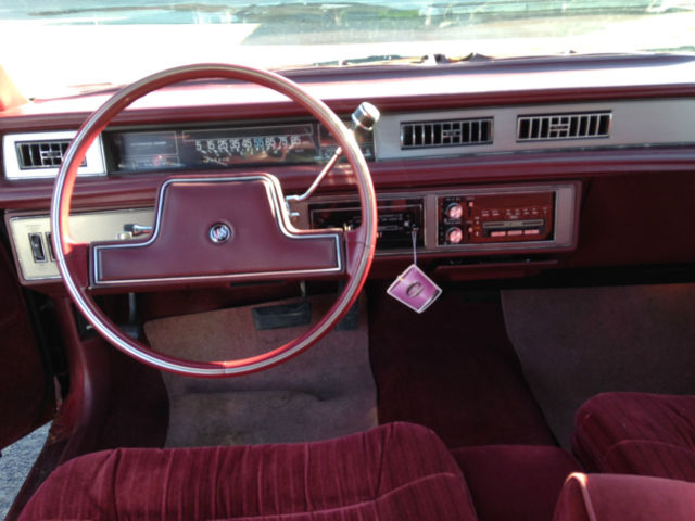 Buick Lesabre Limited Coupe Red Door Rare Survivor Antique Car on 1987 Buick Lesabre Specifications
