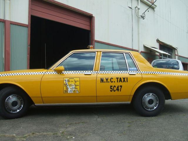 1987 Chevrolet Caprice Base Sedan 4 Door 5 0l Taxi Look For