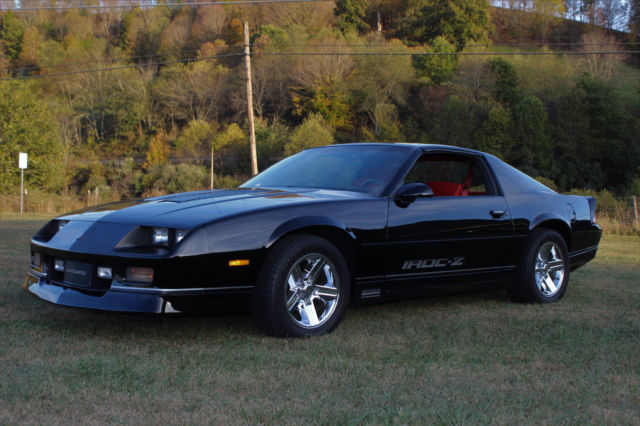 1987 iroc z 43k miles 5 7 350 auto t tops must see. Black Bedroom Furniture Sets. Home Design Ideas