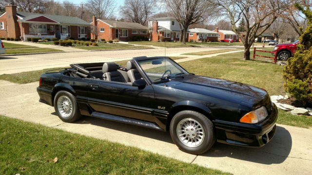 1987 mustang gt convertible 14 800 miles for sale in livonia michigan united states. Black Bedroom Furniture Sets. Home Design Ideas