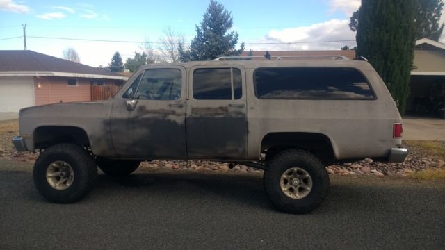 1987 SUBURBAN WITH 7