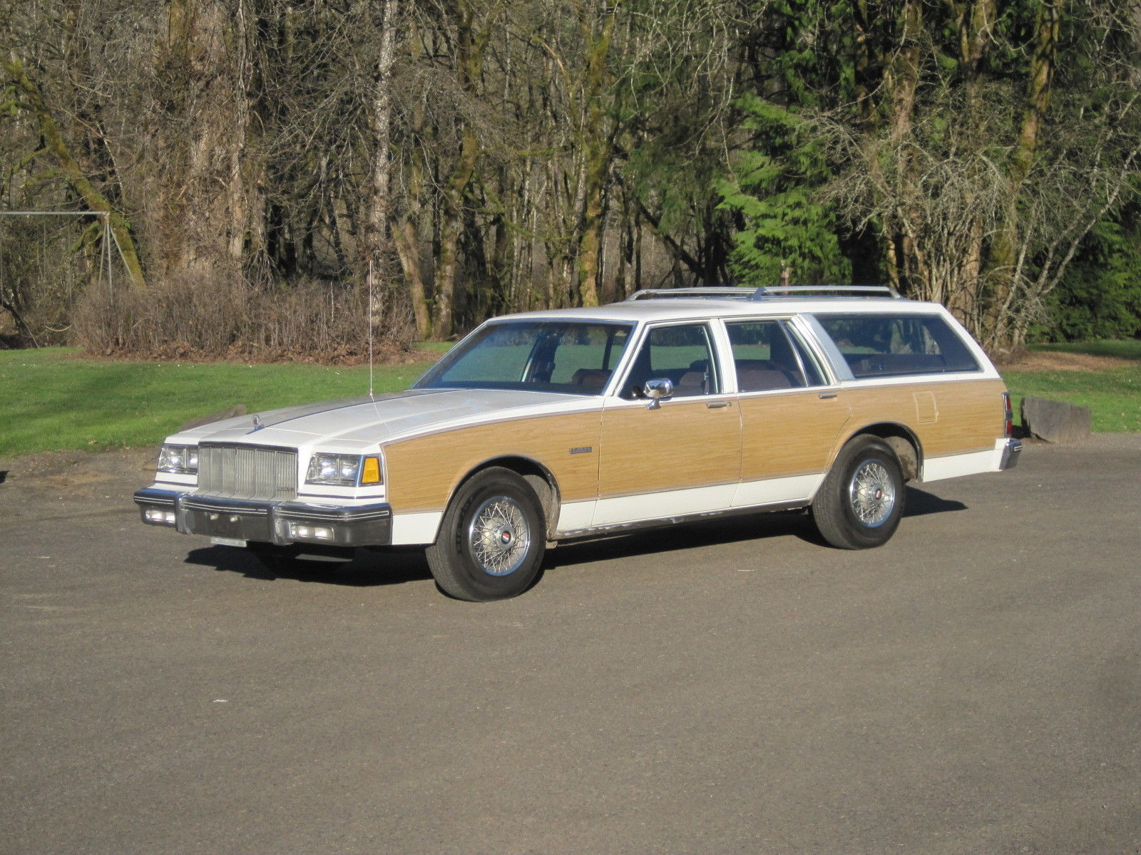 1988 buick lesabre estate wagon woody station 3rd seat stationwagon clean nice for sale in. Black Bedroom Furniture Sets. Home Design Ideas