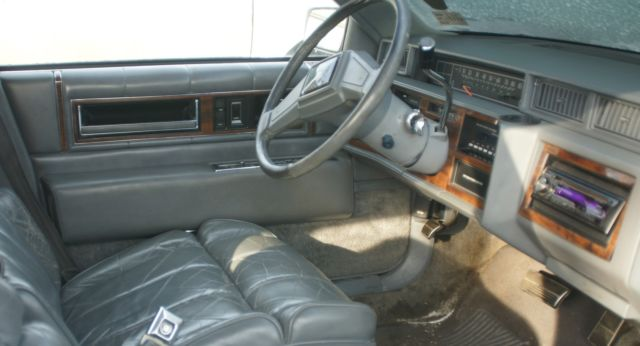 1988 Cadillac Deville Sedan 4 Door White W Gray Leather