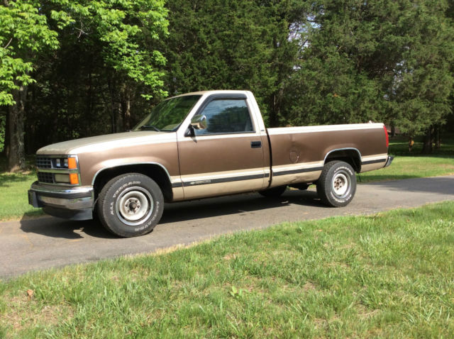 1988 chevrolet 2500 silverado pickup truck 169 000 miles 8 long bed new seat for sale in. Black Bedroom Furniture Sets. Home Design Ideas
