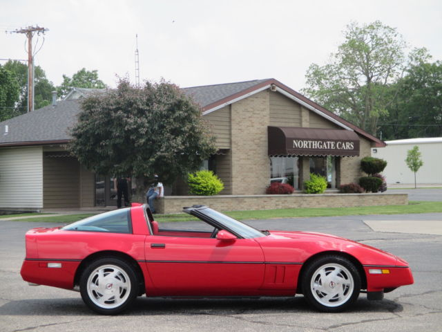 1988 chevrolet corvette coupe only 29 000 actual miles. Black Bedroom Furniture Sets. Home Design Ideas